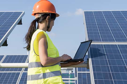 Why Add Solar PV and Thermal Installation Training to Your Skillset?