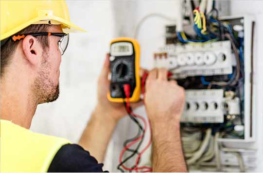 Residential Electrician worker
