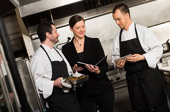 Why become a Hotel and Restaurant Manager?