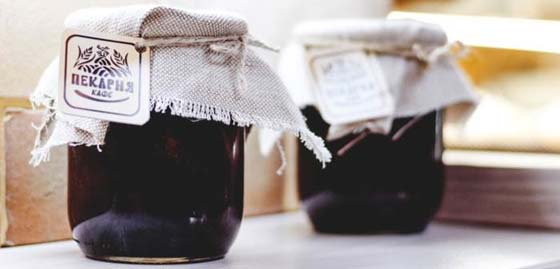 Preserves in a mason jar