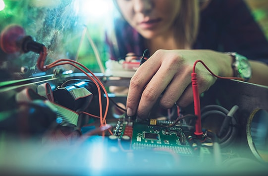 Why Become a Electronics Technician?