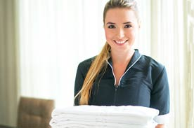 responsibilities of guest service agents
